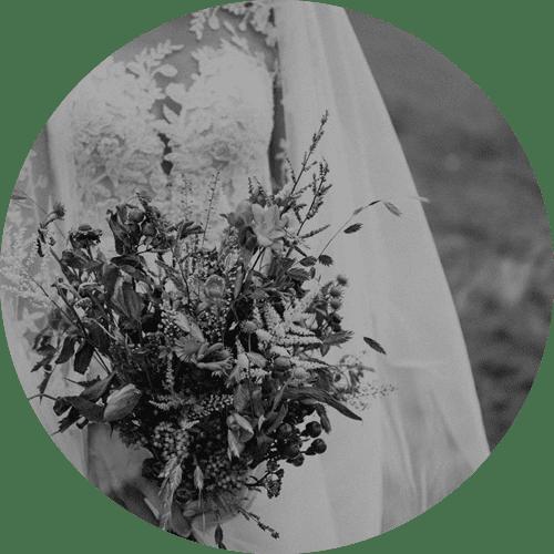 Jlenia Costner - Hochzeit planen
