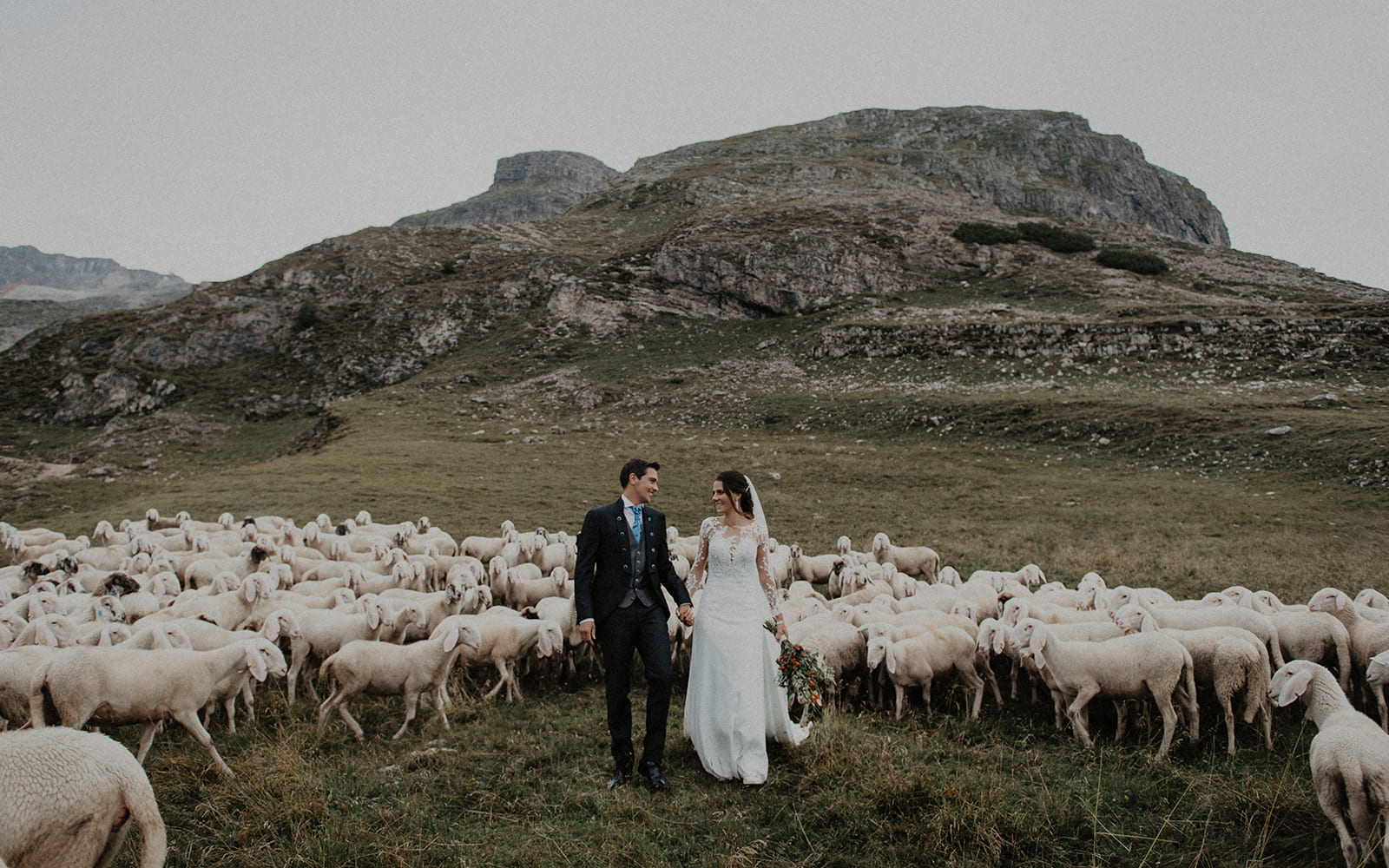 Jlenia Costner - Hochzeit in den Bergen